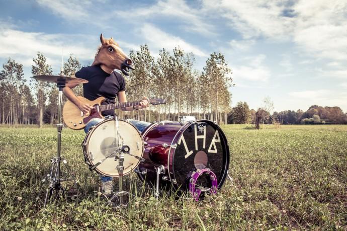 One Horse Band - E' uscito il 28 aprile